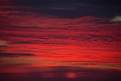 Coucher de soleil sur Thera Explorer, photo Serge Briez, Cap mediations 2014