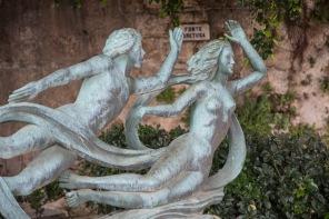 Fontaine d'Aretusa, Mythe d'Arethusa changé en fontaine par Artemis pour échapper à Alphé, dieu du fleuve qui par amour détourne ses eaux pour venir ce méler à celle d'Aréthusa, photo Serge Briez, Cap médiations 2014