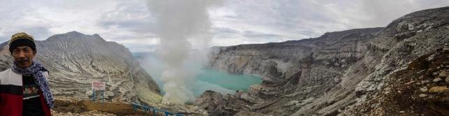Volcan Kawah Ijen, Sud de Java, panoramique de Serge Briez, Cap médiations 2014