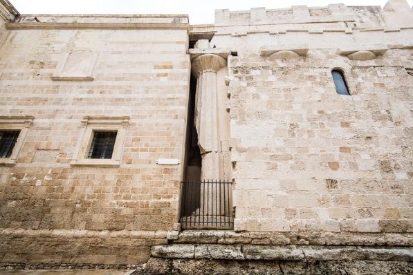 Façade Nord de la Cathédrale du Duomo, laissant apparaitre les colonnes grecques du temple d'Athéna, photo Serge Briez, Cap médiations 2014