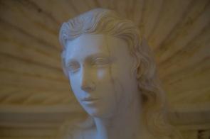 Statue exposée à la galerie régionale du Palais Bellomo, photo Serge Briez, Cap médiations 2014