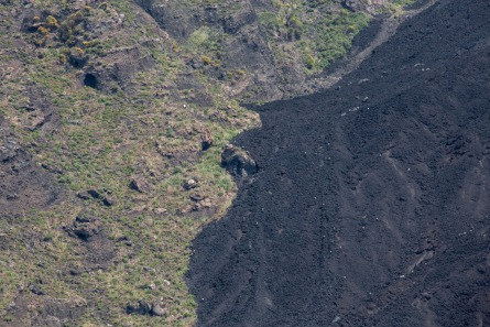 Bord de la Sciarra del fuoco (allée du feu), situé sur la face nord-ouest du Stromboli, photo Serge Briez, Cap médiations 2014