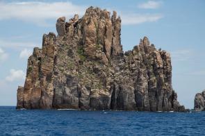 île de Basiluzzo, à proximité de Panarea, île eolienne, photo Serge Briez, Cap médiations 2014