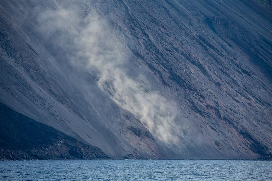 la Sciarra del fuoco (allée du feu), situé sur la face nord-ouest du Stromboli, photo Serge Briez, Cap médiations 2014
