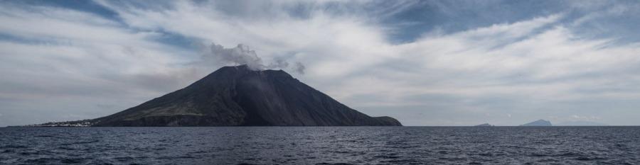 Vue panoramique du Stromboli, photo Serge Briez, Cap médiations 2014