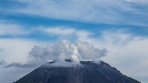 Le sommet du cratère, face Nord Ouest, photo Serge Briez, Cap médiations 2014