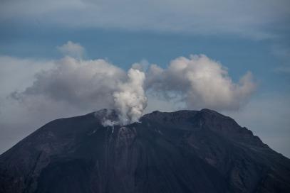Explosion au sommet du Stromboli, photo Serge Briez, Cap médiations 2014