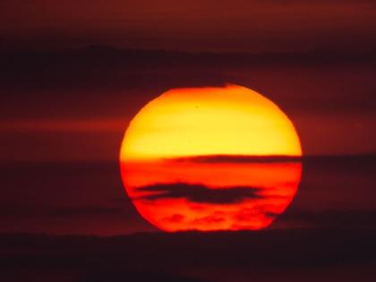 Coucher de Soleil sur Thera Explorer, photo Serge Briez, Cap médiations 2014