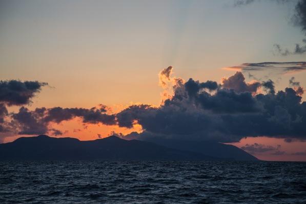 Coucher de soleil sur Lipari, île éolienne, photo Serge Briez, Cap médiations 2014