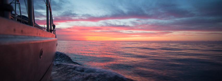 Portfolio Thera explorer par Serge Briez, Photos de thera Explorer au lever du soleil
