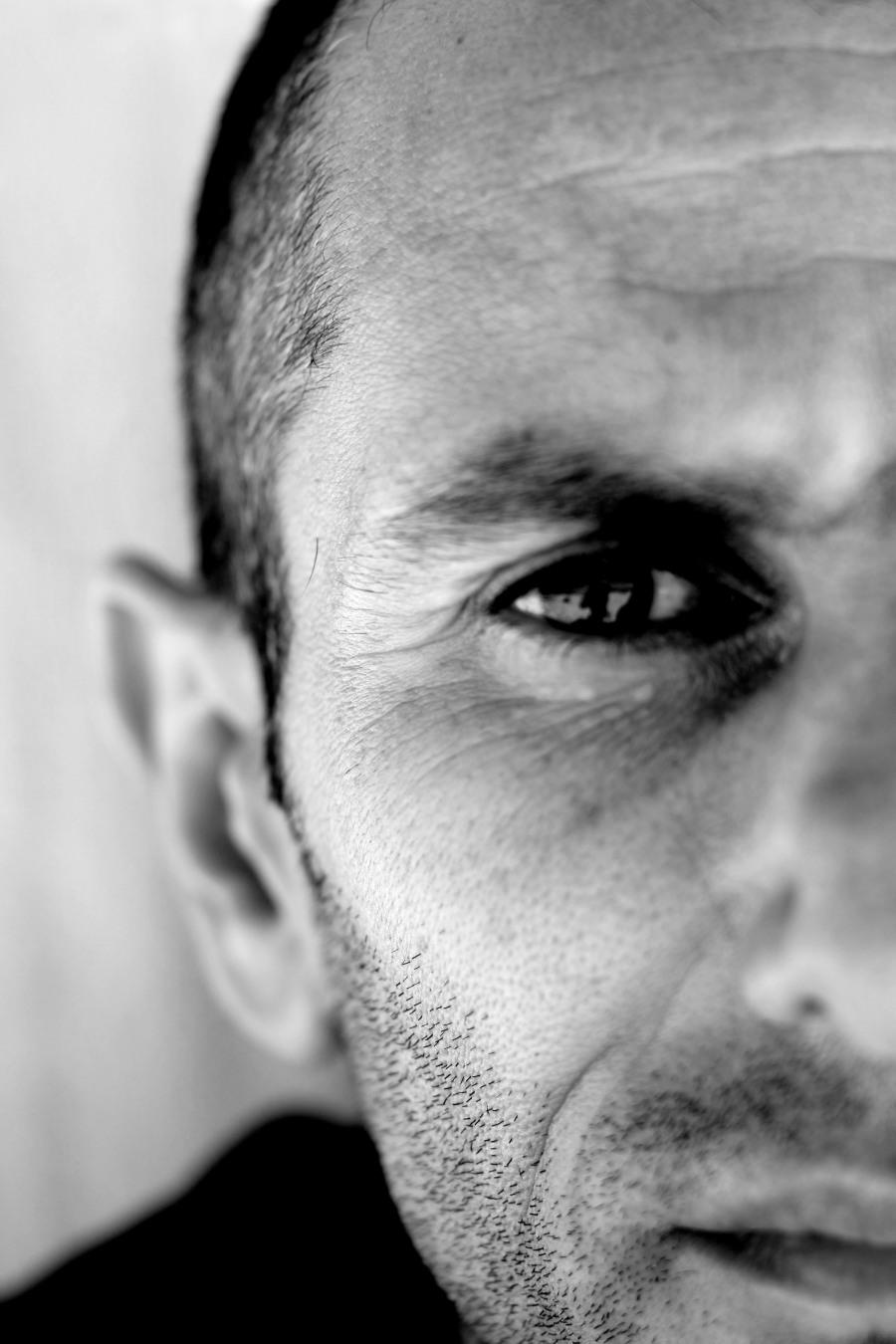 """STEPHANE MIFSUD, RECORDMAN DE FRANCE D'APNEE STATIQUE AVEC 10""""04, A L'ENTRAINEMENT A HYERES EN VUE D'UNE NOUVELLE TENTATIVE DE RECORD DU MONDE EN APNEE STATIQUE LE 08 JUIN 2009."""